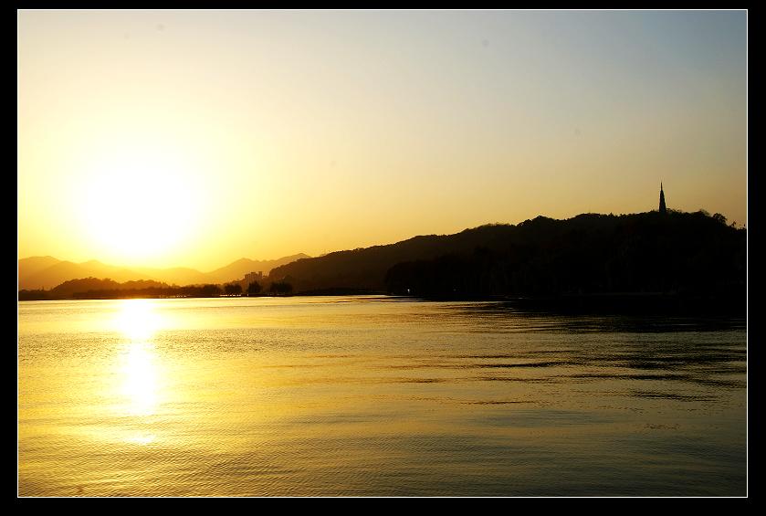 西湖,一半是水,另一半是那火[10P] - AAA级私秘视觉馆 - 视觉与色彩的世界